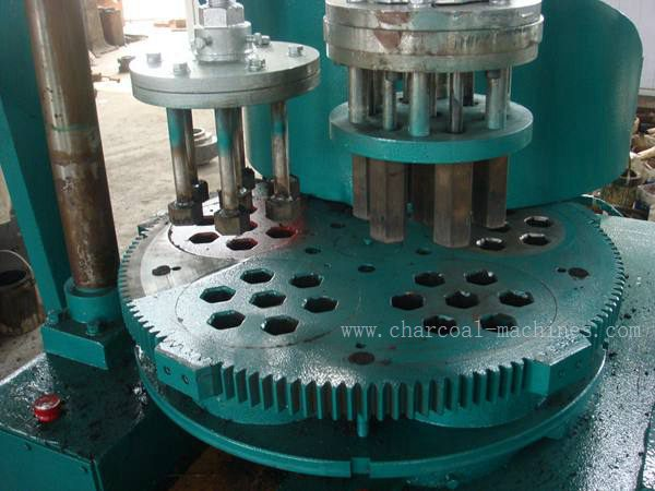Honeycomb forming machine