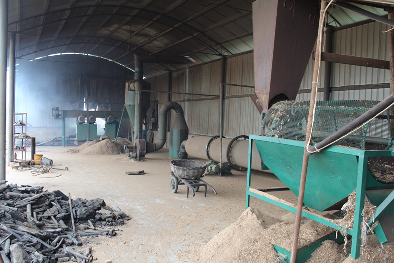 Sawdust sievingsorting machine
